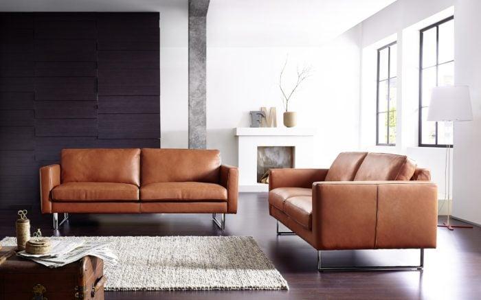 Mẫu sofa da bò đẹp và đẳng cấp kiểu dáng sofa văng tiện dụng cho phòng khách. Sofa văng là mẫu sofa thích hợp cho những phòng khách nhỏ, phòng khách hẹp