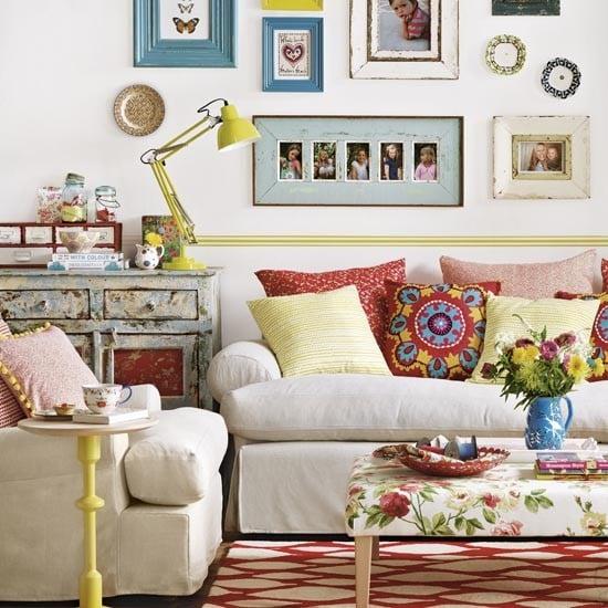 chọn bàn ghế sofa vải hoạ tiết hoa lá cành cho phòng khách