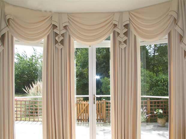 Rèm vải nhiều lớp sẽ giúp căn phòng chống nắng nóng một cách tốt hơn