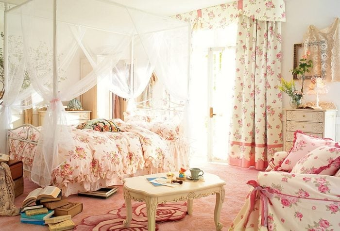 mẫu rèm cửa dễ thương nhất cho bé gái