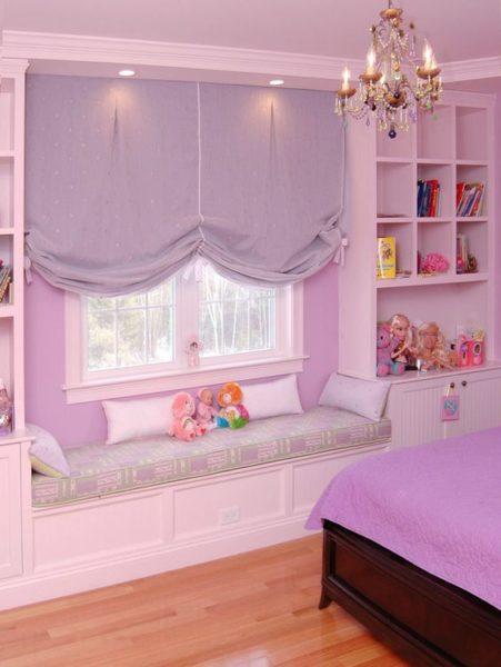 mẫu rèm cửa màu tím dễ thương cho phòng khách