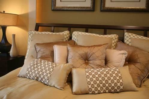 chọn gối sofa