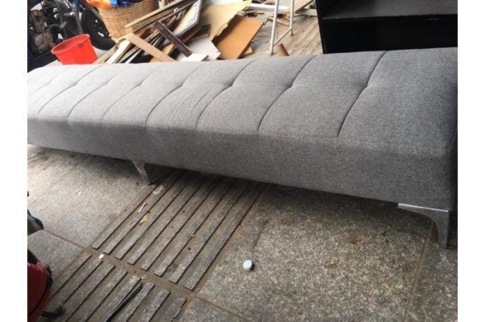 Kiểm tra kỹ càng bộ bàn ghế sofa thanh lý trước khi có ý định mua