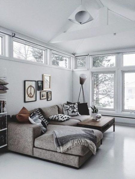 chung cư nên chọn loại sofa vải hay sofa da