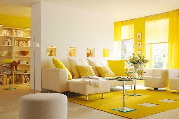 Tông màu vàng nổi bật trong không gian phòng khách