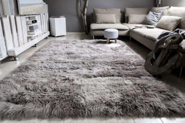 Lựa chọn loại thảm trải sàn để mang lại sự êm ái thoải mái cho không gian phòng khách