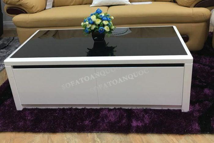 Với mặt kính không nên sử dụng bàn chải cứng dễ gây ra những vết xước trên bề mặt