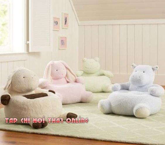 Với nhiều hình dáng và màu sắc khác nhau dành cho khách hàng lựa chọn mẫu ghế sofa đẹp nhất và đáng yêu nhất cho con em của mình. Trên hình là các mẫu ghế sofa hình thú vật đa dạng như hà mã, ếch, thỏ và cừu