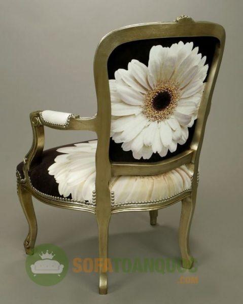 Khách hàng có thể bài trí ghế sofa đơn để tạo điểm nhấn bởi chung rất dễ di chuyển và bài trí. Có thể thay đổi phong cách của căn phòng chỉ trong chớp mắt