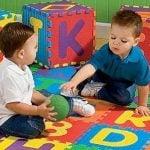 5 chú ý khi mua thảm chơi cho bé mùa hè phụ huynh cần quan tâm