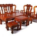Kinh nghiệm nên mua sofa hay bàn ghế gỗ từ thực tế