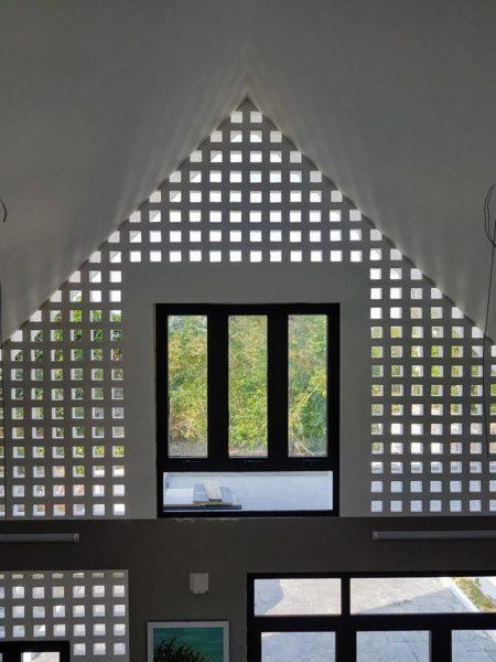hệ thống tầng 2 khu vực thờ nhà cấp 4