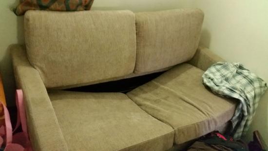 bộ sofa giá rẻ kém chất lượng