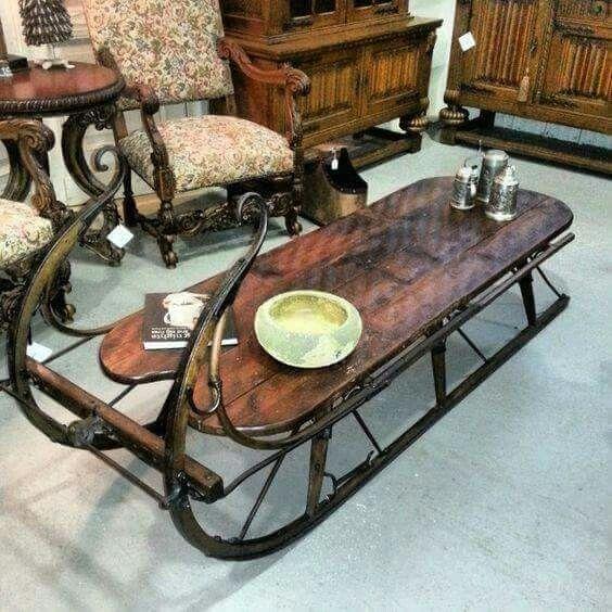 bàn trà độc đáo hình xe kéo