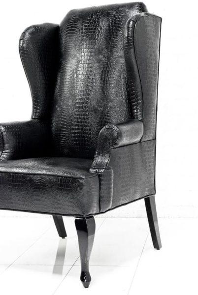 ghế bành bằng da cá sấu
