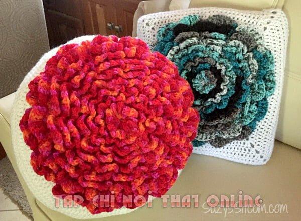 gối ôm trang trí cho sofa chất liệu len