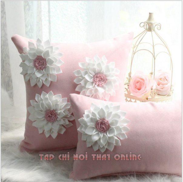 gối ôm sofa bông hoa đẹp màu hồng