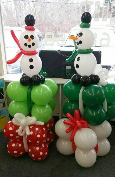 bong bóng người tuyết phục vụ giáng sinh