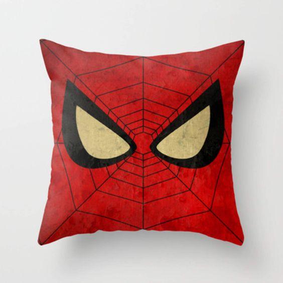 gối ôm sofa người nhện