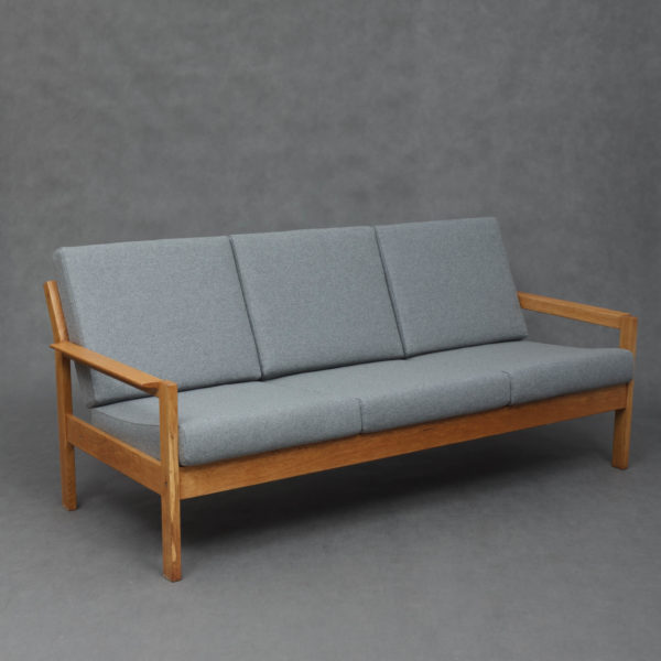 ghế sofa văng gỗ sồi 3 chỗ