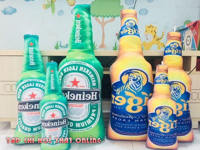 Ngoài Herniken thì có thể chọn mẫu gối ôm chai bia hình Tiger nhé.