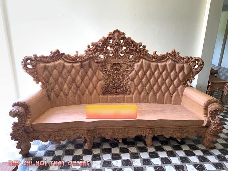 ghế sofa gỗ nguyên tấm hoàng gia tân cổ điển