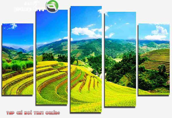 Phòng khách có thể treo tranh phong cảnh