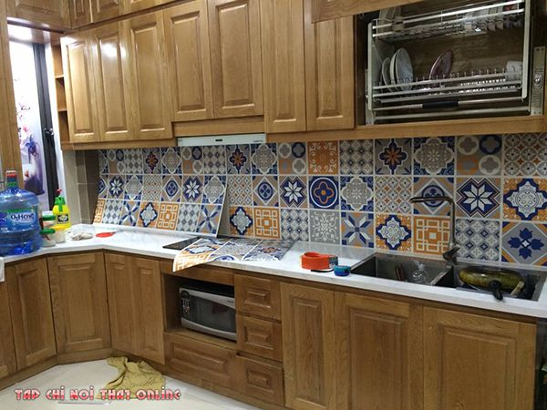 cách trang trí phòng bếp với giấy dán tường
